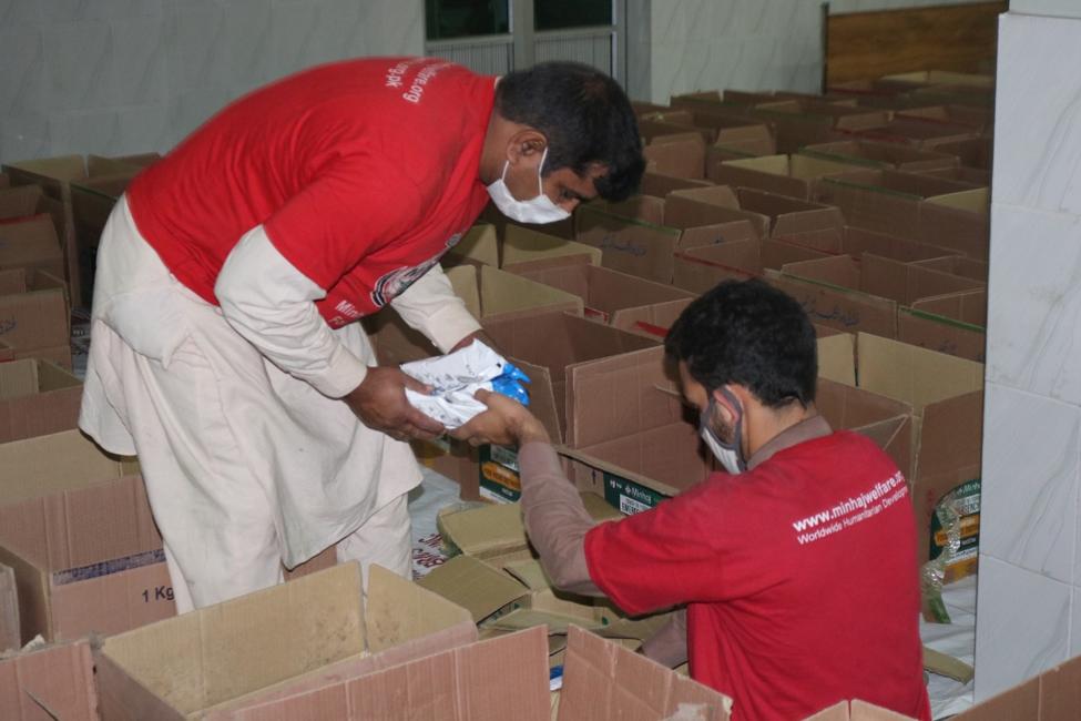 Voedselpakketten voor Corona slachtoffers groot succes